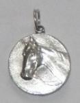 medailonek s koněm
